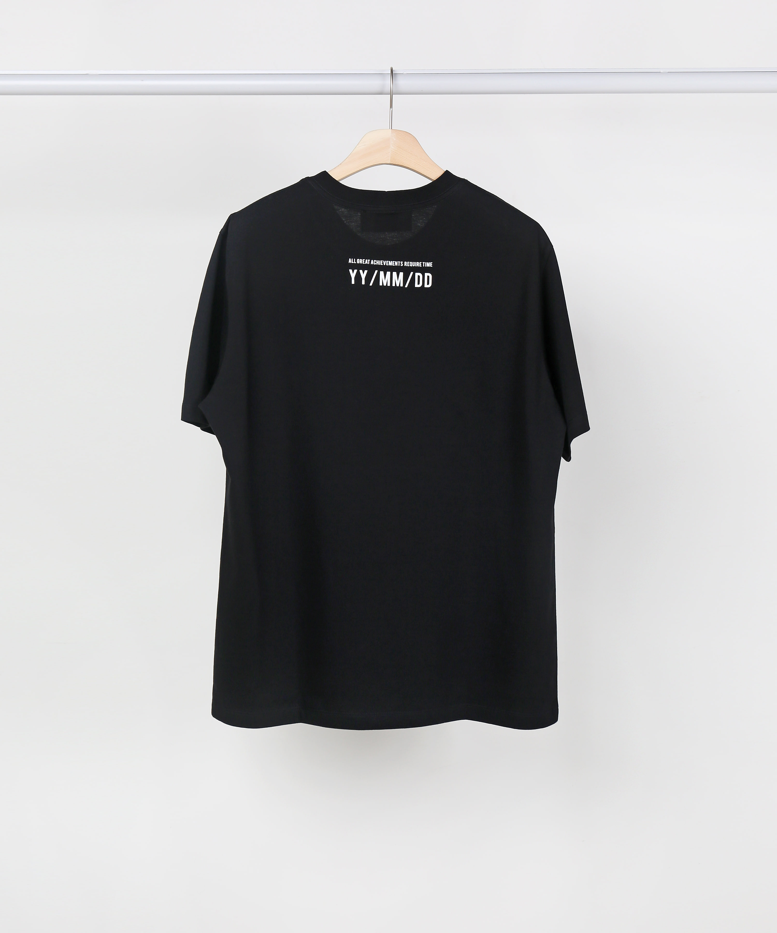 BLACK SLOGAN T-SHIRTS 02