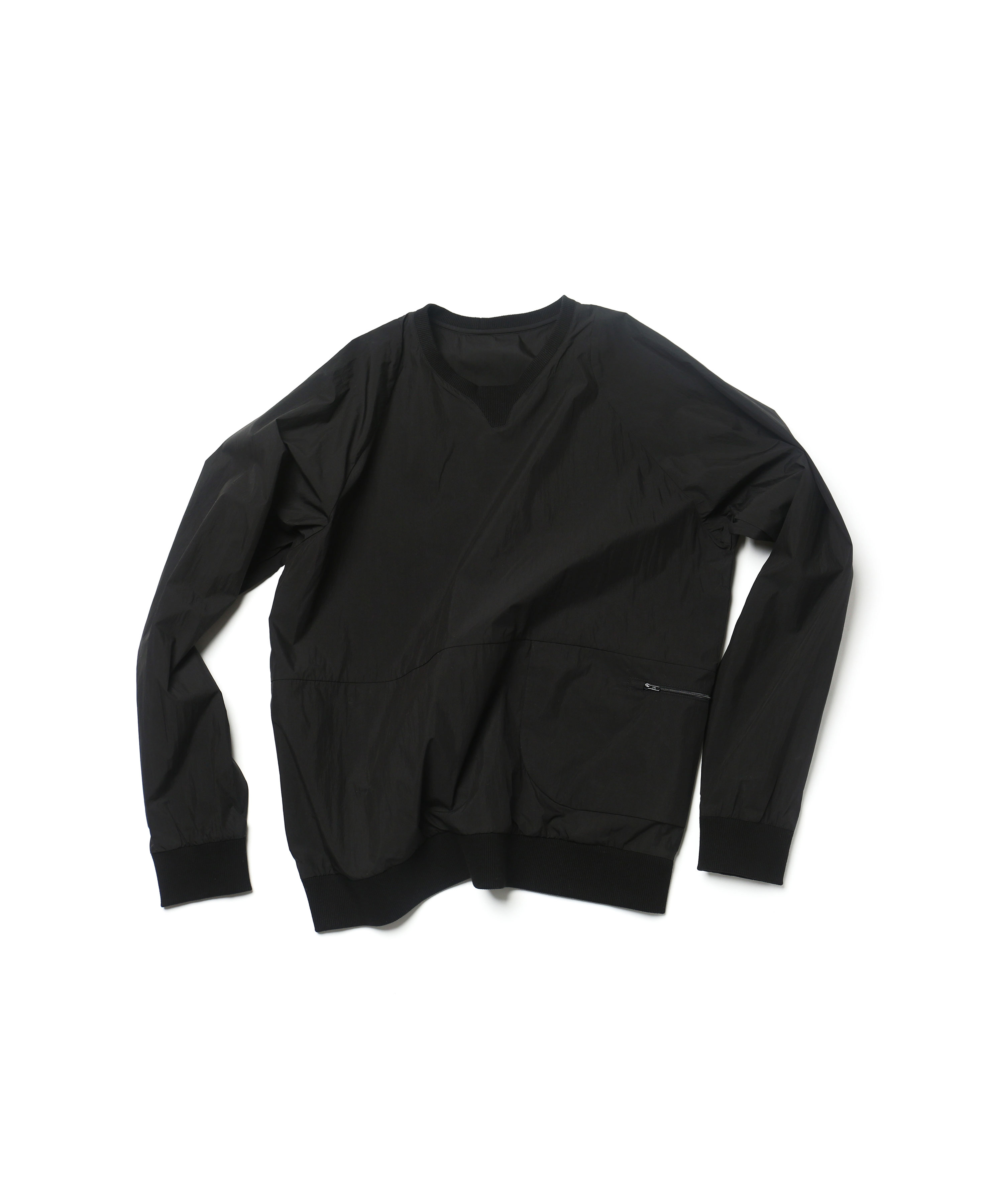 BLACK PACKABLE SWEATSHIRTS 01