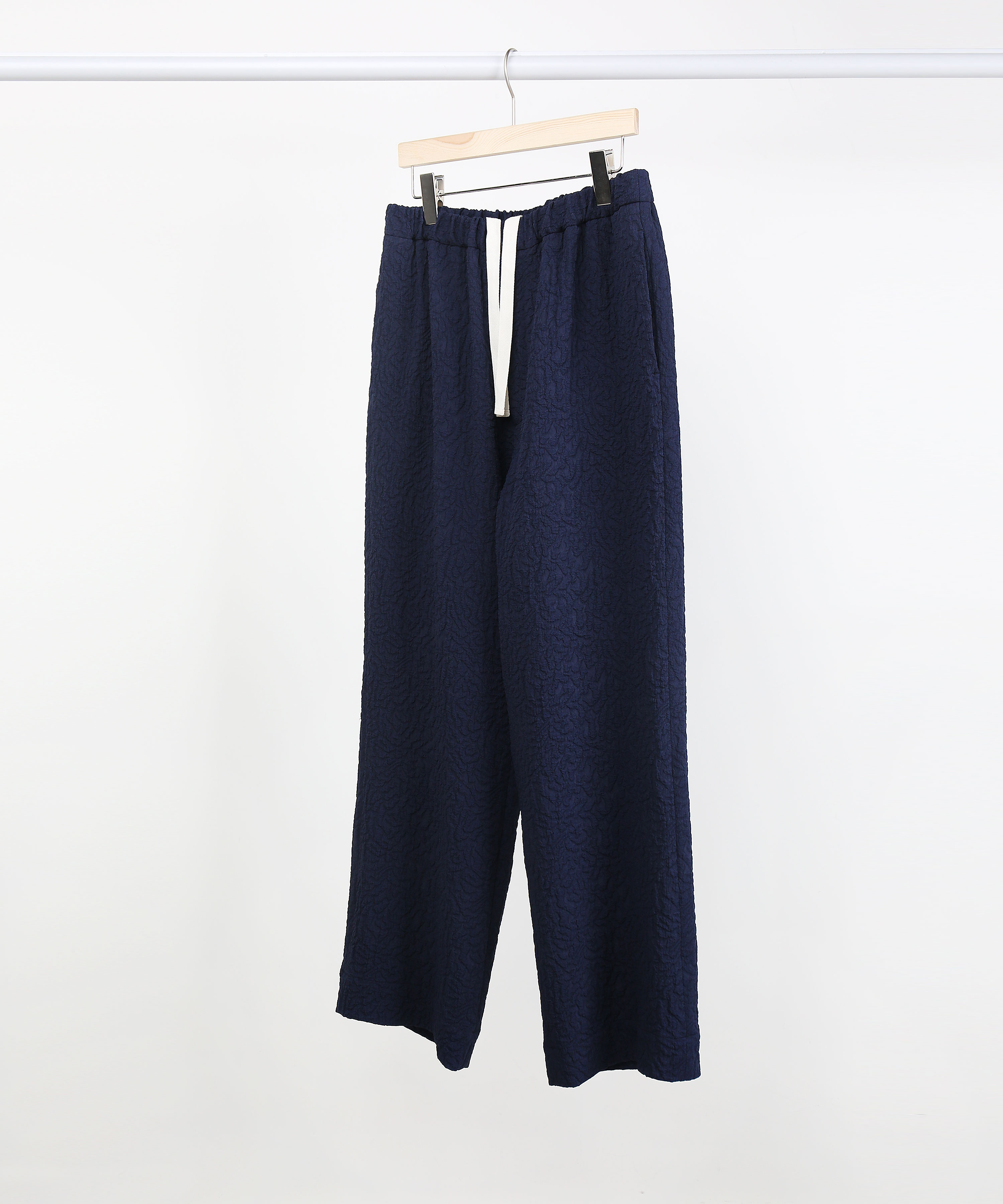 [DISTANCE] NAVY JACQUARD 2451 WIDE PANTS (SET-UP)