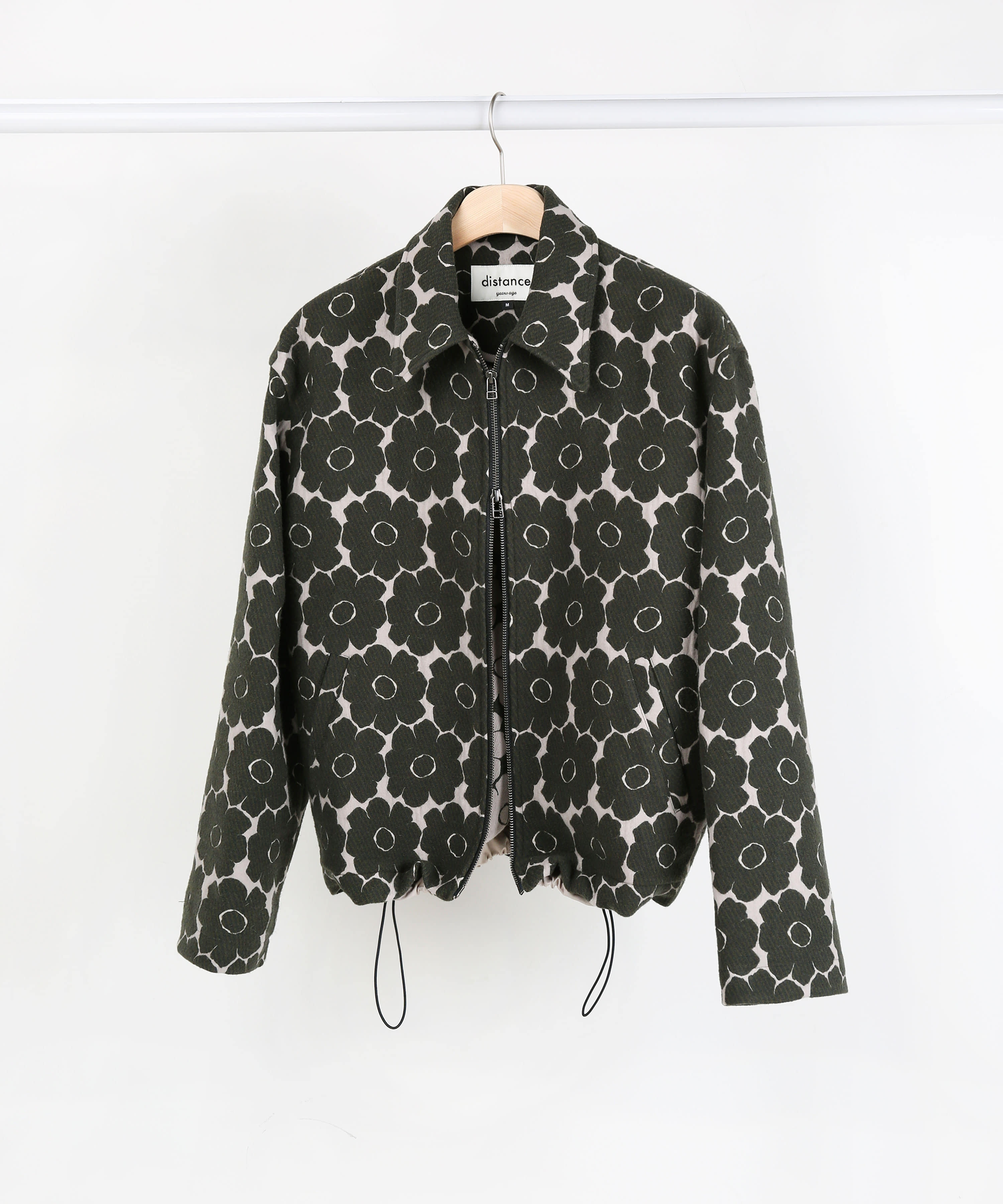 [DISTANCE] OLIVE FLORAL JACQUARD TWO-WAY ZIP UP BLOUSON