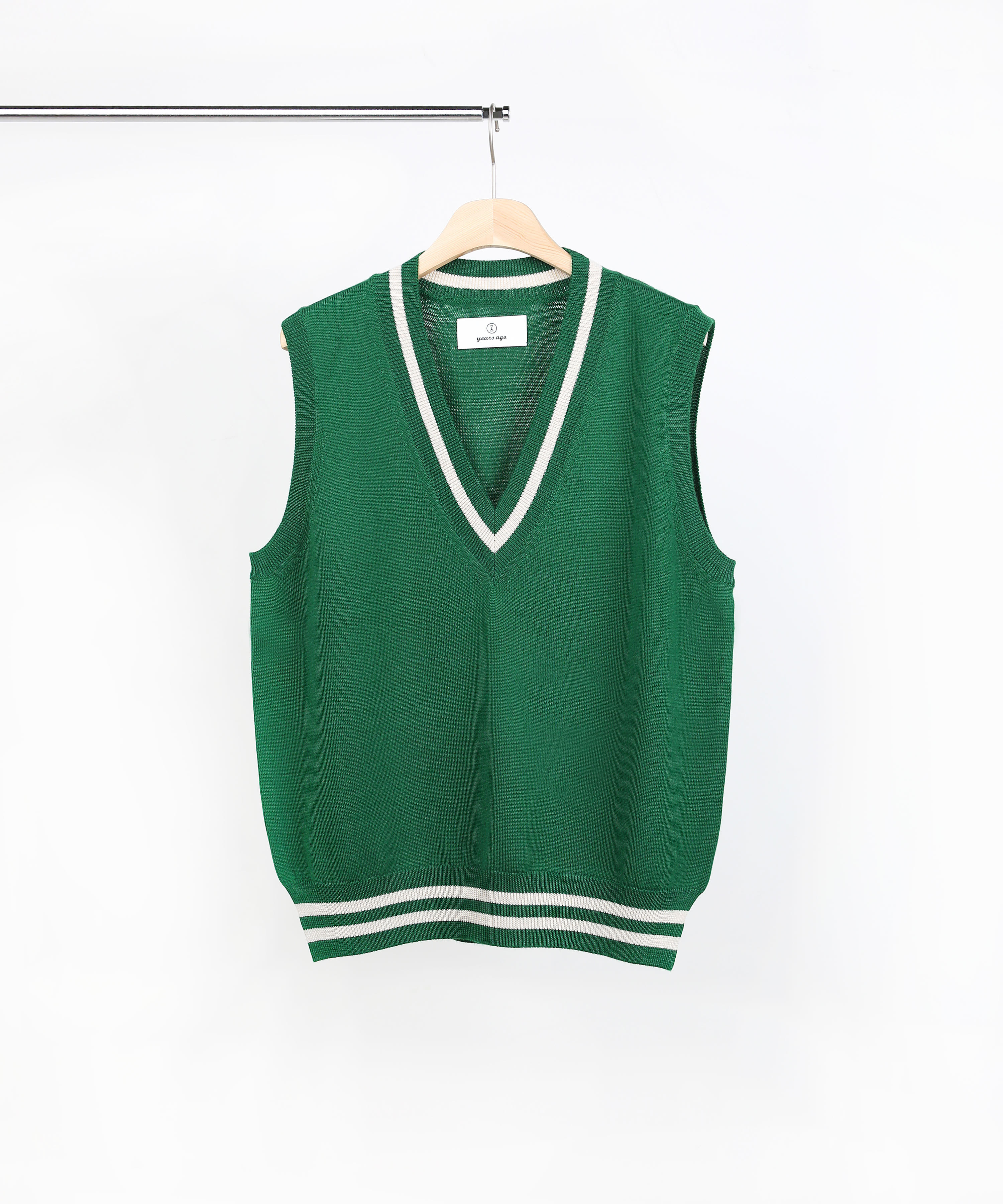 GREEN V-NECK KNIT VEST