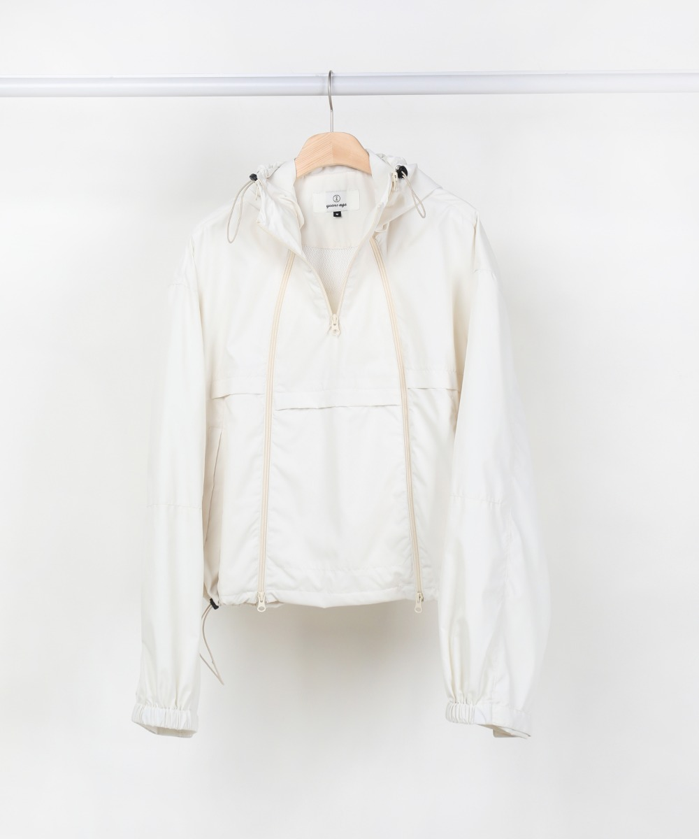 IVORY 3 ZIP WINDBREAKER JUMPER.01