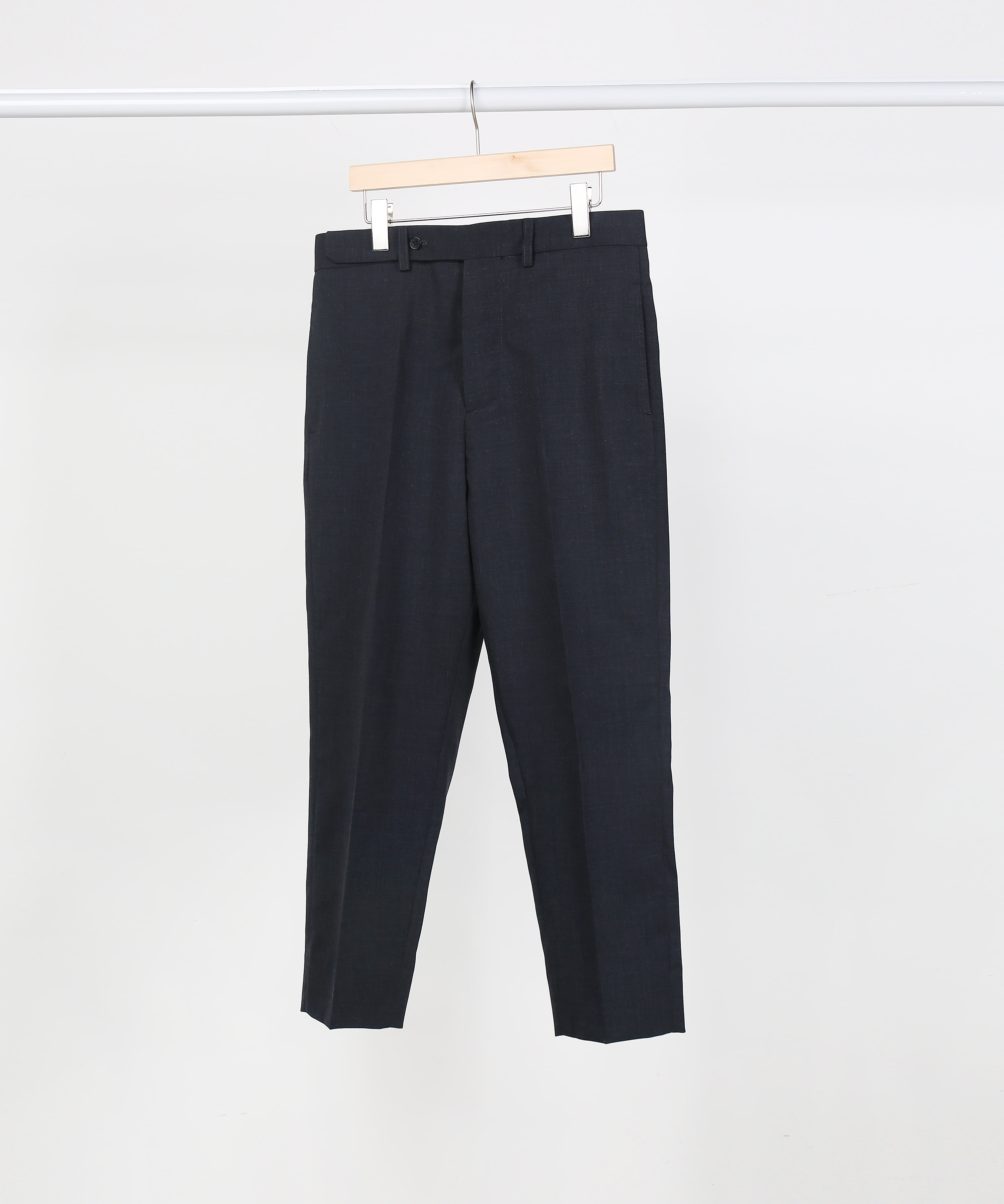 CHARCOAL NO TUCK TAILORED PANTS.01