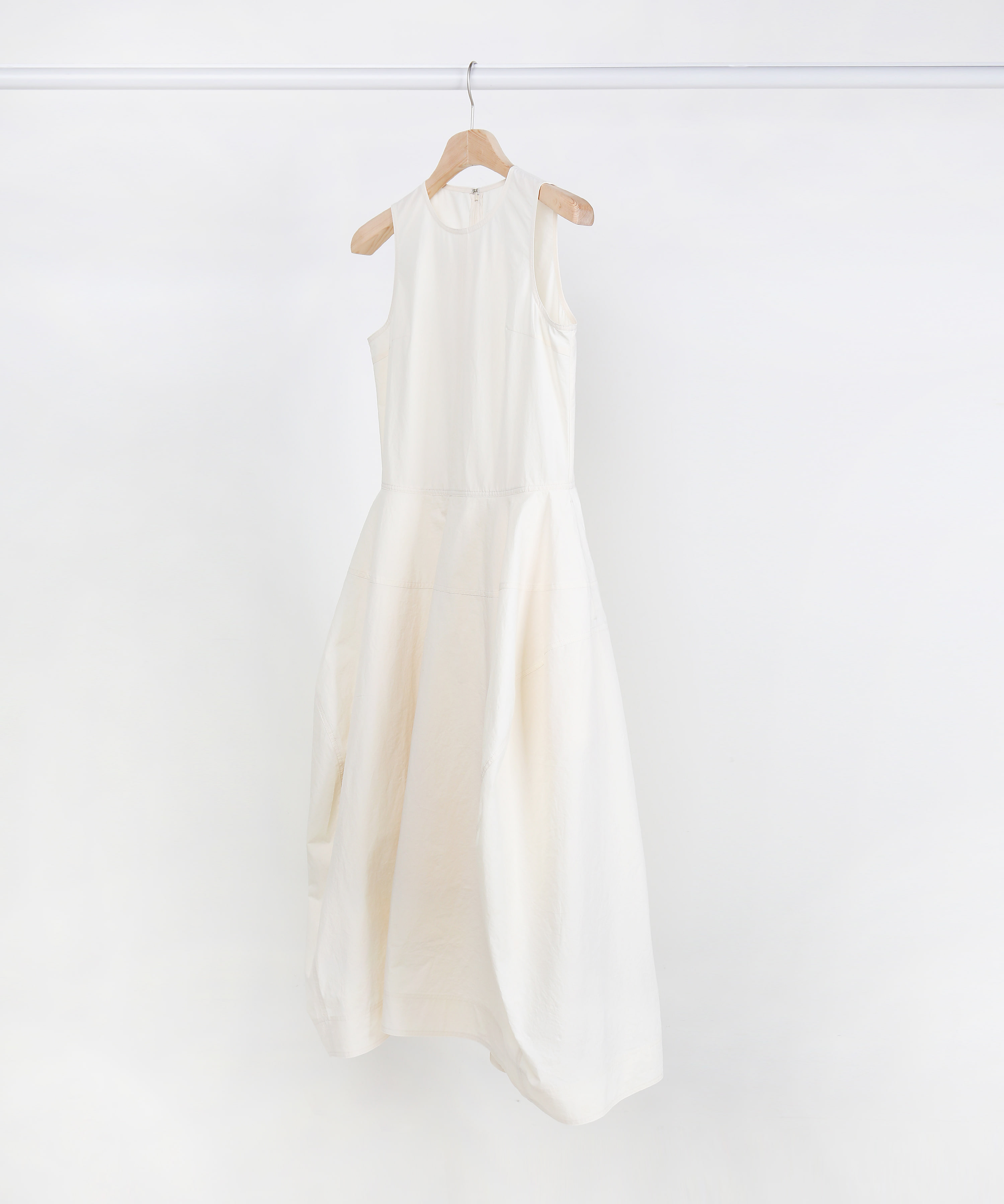 IVORY FLARING COTTON SLEEVELESS LONG DRESS