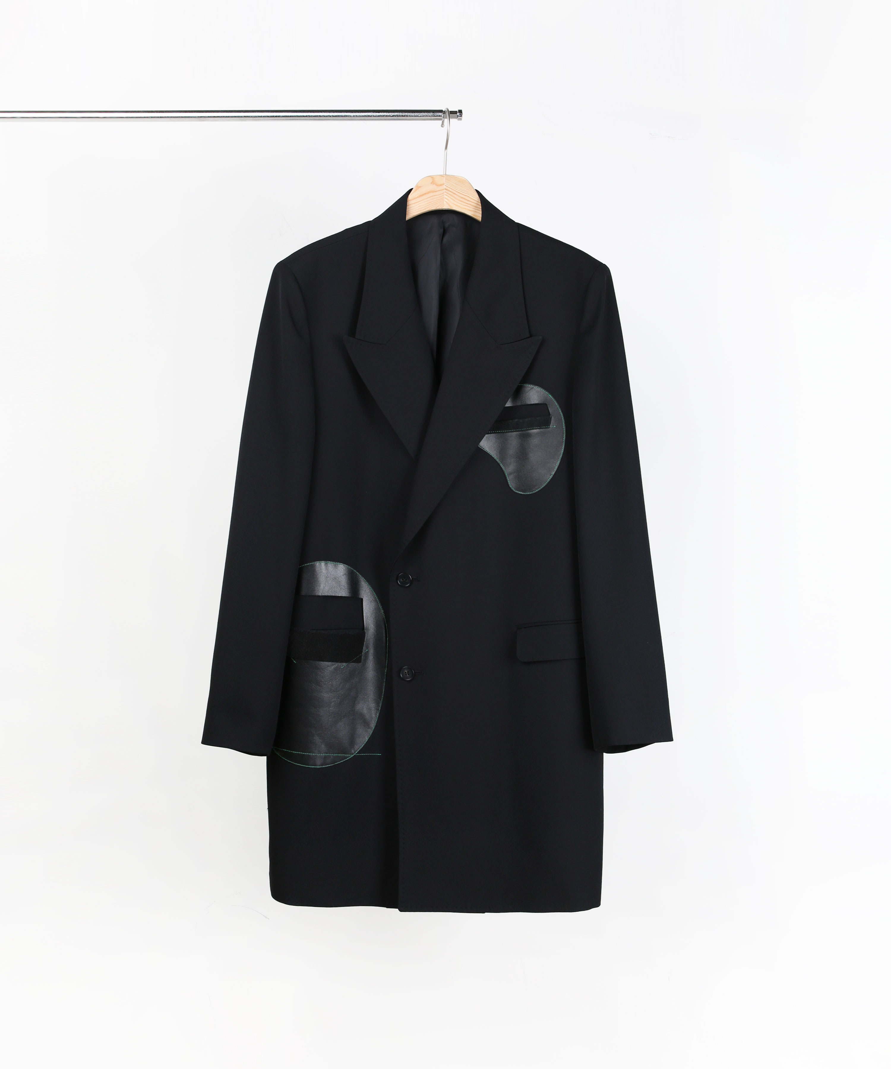 LEATHER PATCH TAILORED COAT BLACK